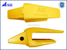 China supplier forging bulldozer ripper tips ,casting excavator spare parts bucket teeth and adaptor