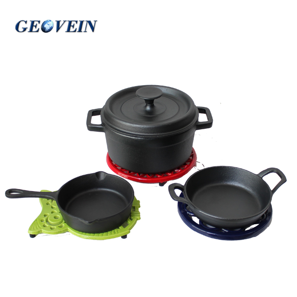 kitchen accessories Cast iron kitchenware serving dish mini pots and pans