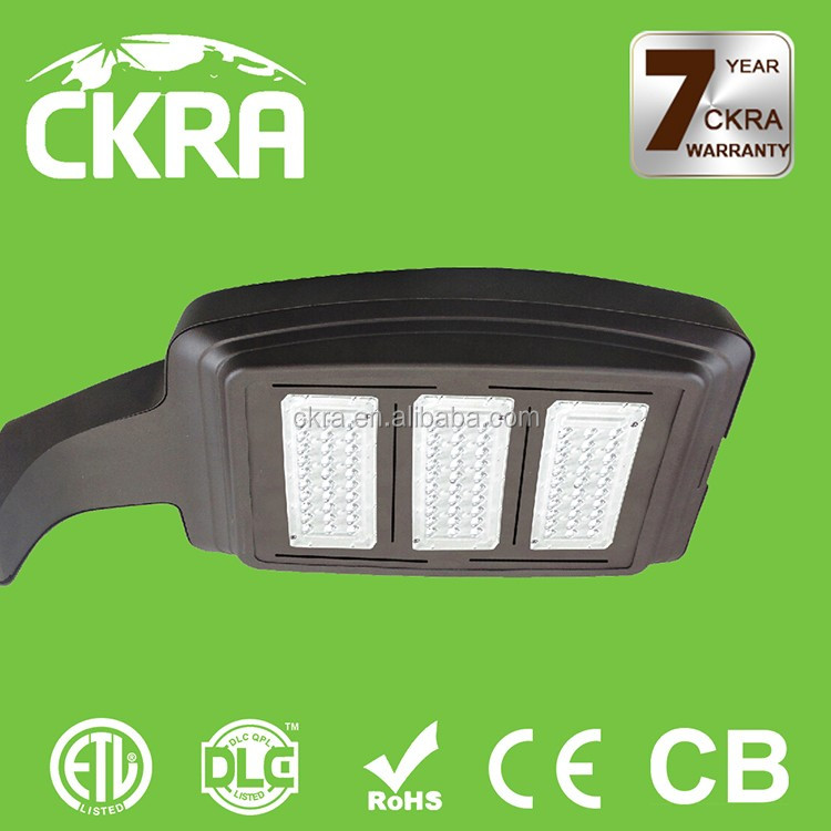 High quality 300 watt parking lot lights with solar panel