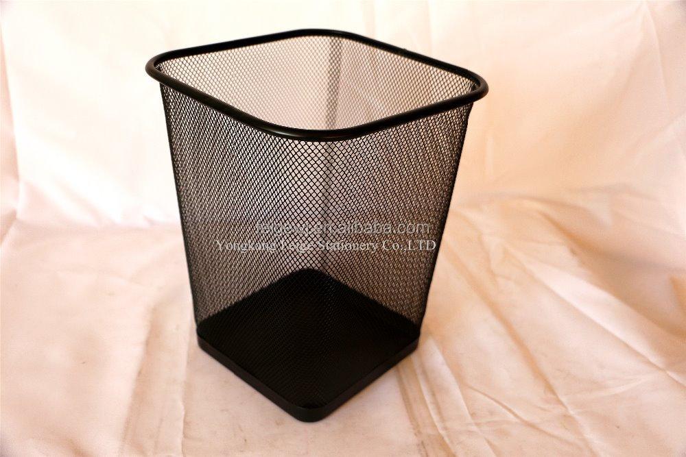 petite taille treillis m tallique carr corbeille papier bureau carr poubelle ou maille. Black Bedroom Furniture Sets. Home Design Ideas