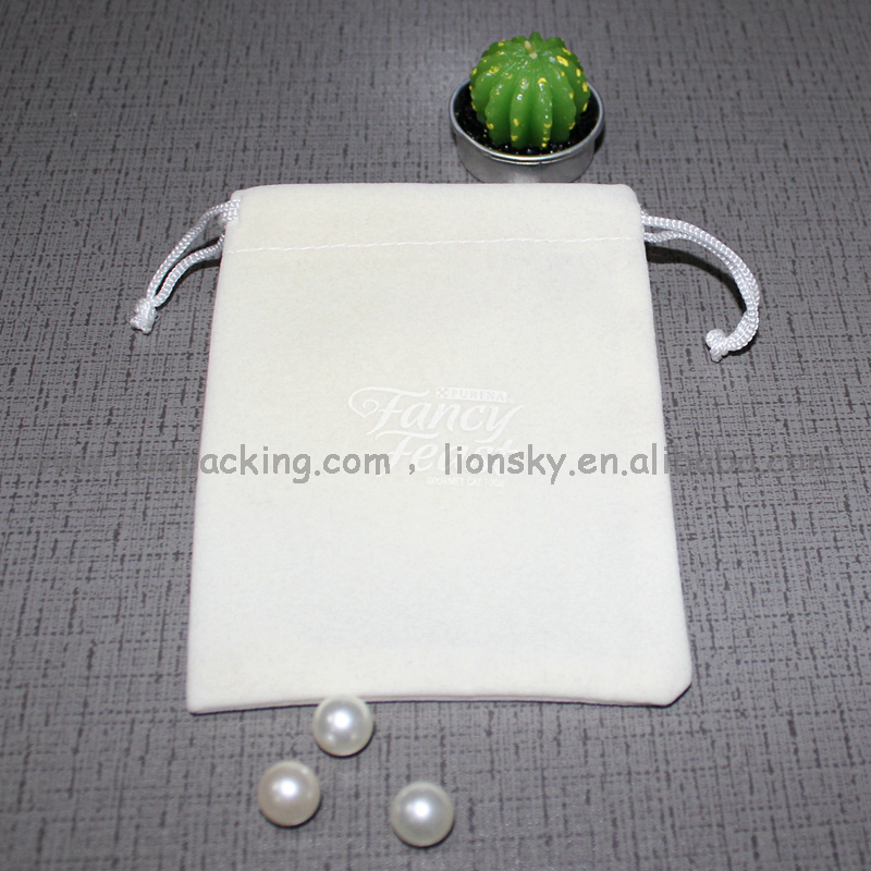 Green velvet jewellery pouch,ivory string suede jewelry necklace bag