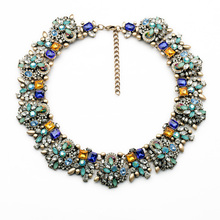 Hot Sale Resin Stone Plant Vintage Charm Beaded Statement Necklace