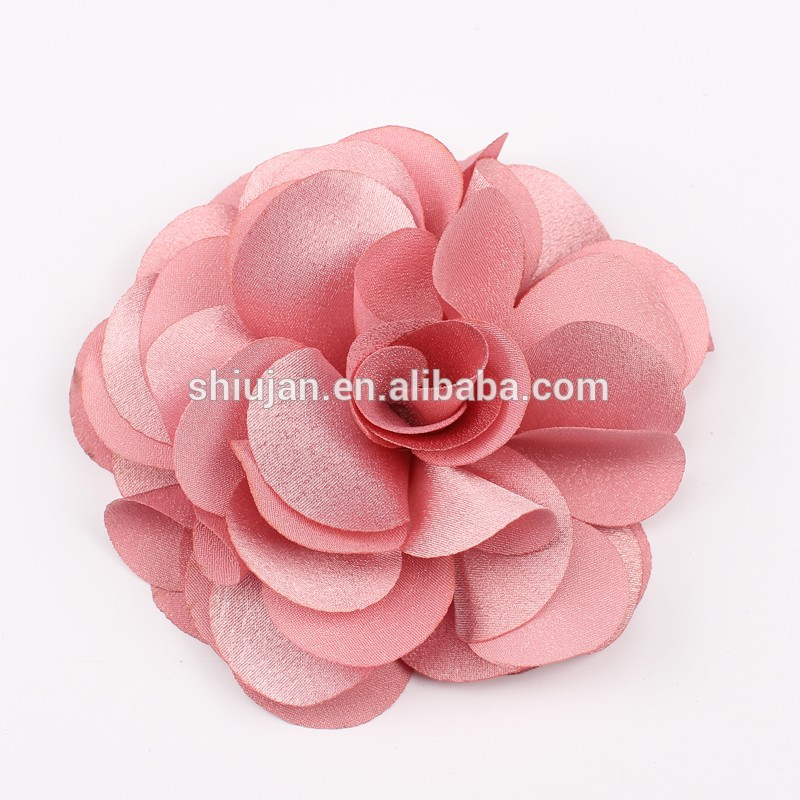Handmade Fashion Fabric Flower Artificial Decorative Flowers in wholesale