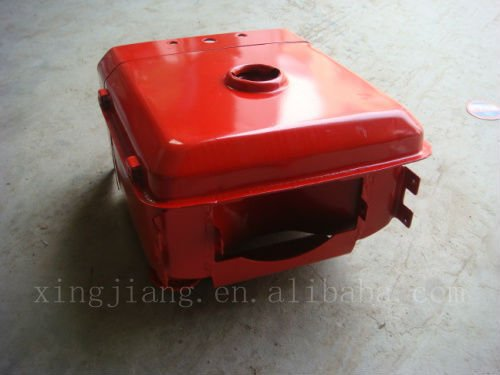 Plastic fuel tank for agricultural tractor
