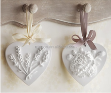 Popular gift in France/Italy/Germany love heart aroma/scented/perfume ceramic stone