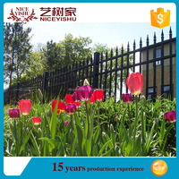 China low price wrought iron fence design / decorative iron fence for garden