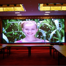 China supplier indoor P2 LED display HD video screen for car exhibtion live tv and home decorating using