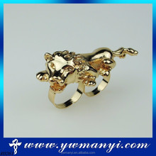 European wholesale alloy double finger unique fashion animal jewelry two finger ring jewellery R0261