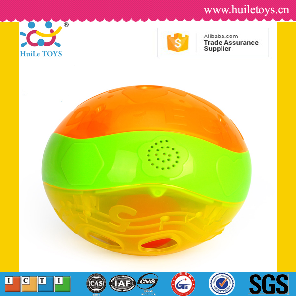 Huile toys cute plastic wholesale toy flashing light ball toy for kids with EN71