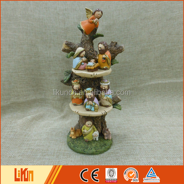 Special design colorful delecate art indoor decoration wholesale polyresin figurines
