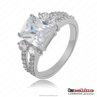 New Princess 18K Platinum Solitaire Bling Engagement Rings For Women with Zircon Elements anillos Lead Free Jewelry CRI0037-B