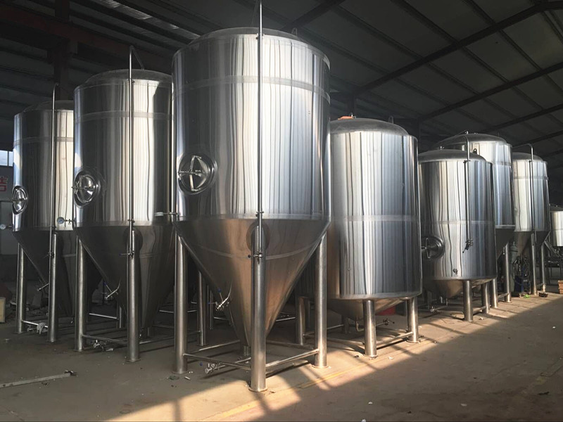 Large commercial beer brewery equipment for sale