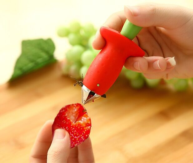 Fruits and vegetables capped tool Strawberry Huller