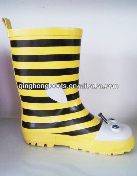 kids yellow rubber rain boots