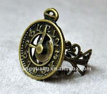 Vintage style Clock adjustable ring