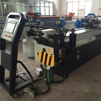Three-dimensional tube bending machine