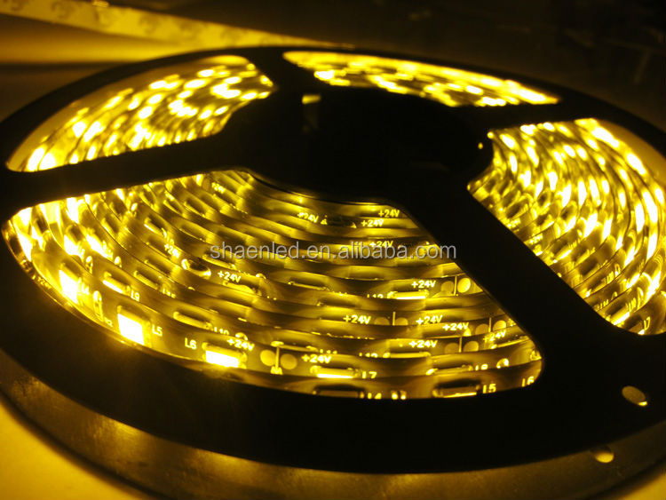 2015NEW!Fine Looking Flexible LED Strip Light