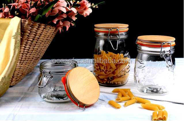 High Quality Glass Storage Jar Wooden Lid Embossed Airtight Cookie Glass Jars With Wood Lid