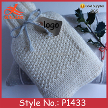 P1433 winter white hand crochet knitted bottle covers with tie wholesale