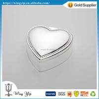 Tailor made good quality Heart Shape Beaded Gold Metal Jewelry display box for decoration