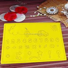 high quality FDA approve silicone material table place mat for kids