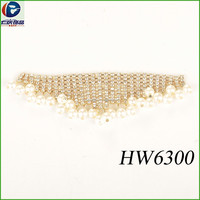 Wholesale fashion latest rhinestone designs for Wedding Dress Triangle chain