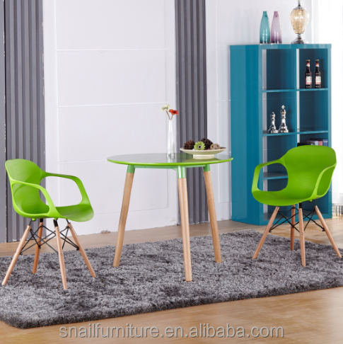 Office Visitor Chair Colored Solid Wood Legs Plastic Arm Chair For Reception Room