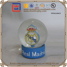 Crafts/Gifts Resin Madrid Memorial Snow Globe Glass Water Ball Souvenir