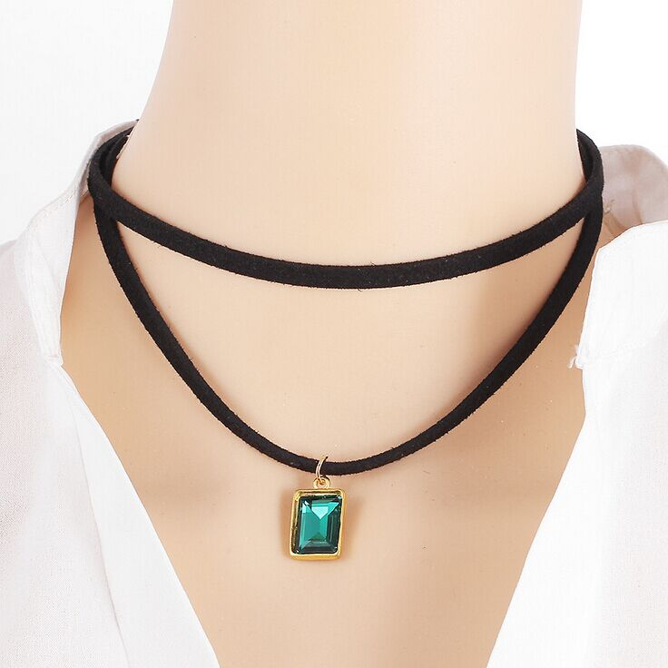 Alibaba express wholesale jewelry pendant green crystal choker necklace