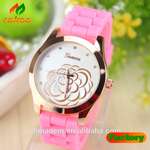 New Fashion Casual Watch Women Retro Design Leather Band Analog Alloy Quartz Wrist Watch top brand Rose Gold Silicone watches