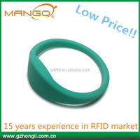MANGO Custom design RFID NFC silicone Bracelet smart wristbands rfid watch