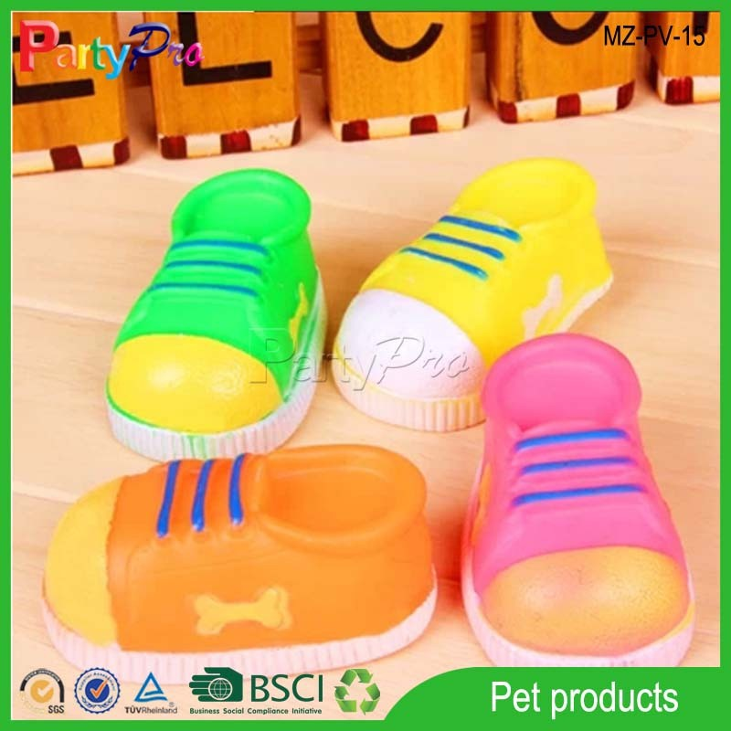 2015 China Wholesale Colorful Shoes Pocket Pet Toy