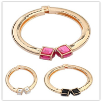 New Design Fancy Novelty Cube Charm Ladies Bracelet Models