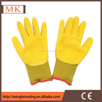 cheap yellow latex rubber palm coated safety work gloves
