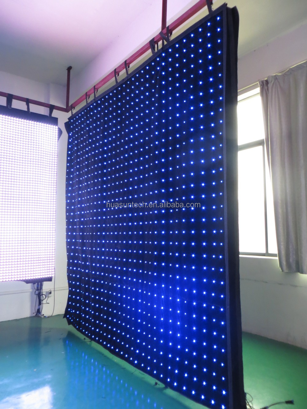 New design amazing pure xxx images led curtain indoor video curtain