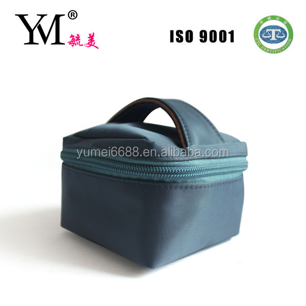 Mini cute high end good quality cosmetic bag with hander
