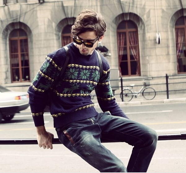 S10691A 2015 hot sale man knitted sweater round neck deer jacquard pullover sweater