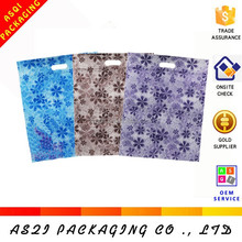 pp woven eco-friendly beautiful full small broken flowers printing free sample bag with die cut handle