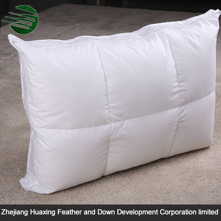 China Factory Supply Feather Pillow