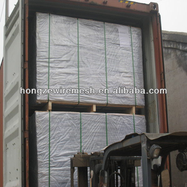 10 Gauge galvanized Square Welded Wire Mesh Panels