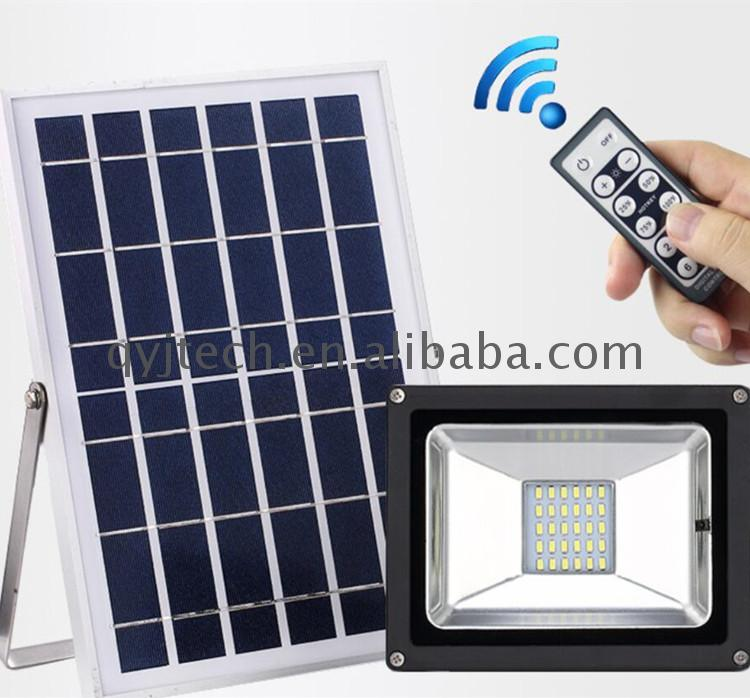 Top selling products in alibaba led solar flood light dusk to dawn sensor lights
