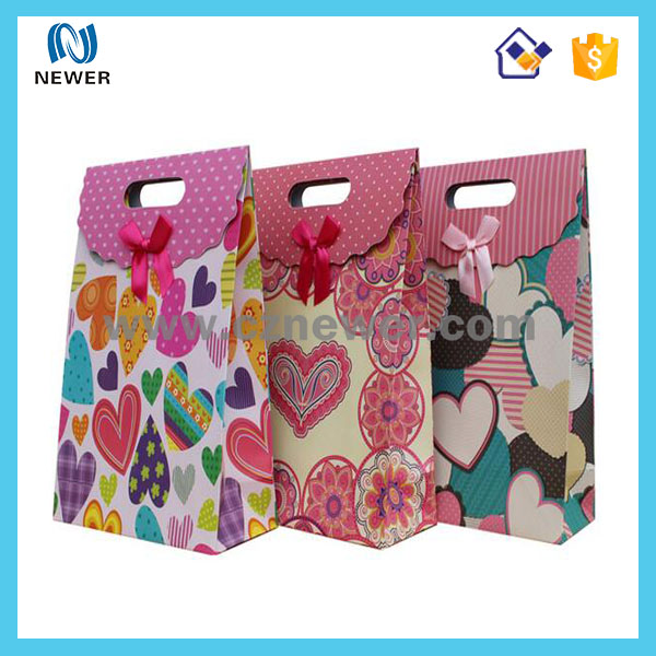 Latest design low price stylish hot sell paper jeweler shopping bags