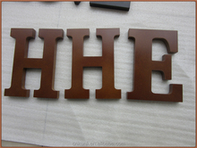 2017 new unique hot sales decorative gift craft wholesale cheap ornaments handicraft small wooden alphabet letters made in China
