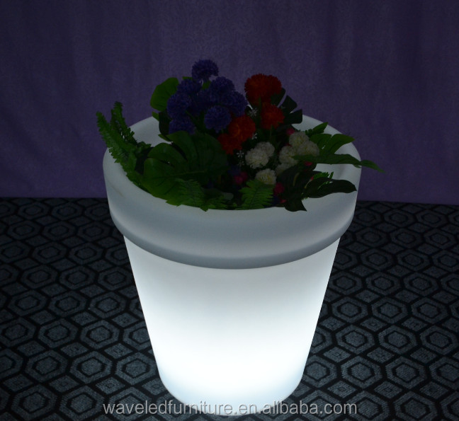 Bulk illuminated colorful waterproof LED flower pot for outdoor
