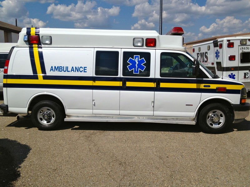 marca chevrolet express 3500 duramax ambulancia ambulancia. Black Bedroom Furniture Sets. Home Design Ideas
