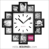 REIDA Vintage Photo Frame Wall Clock