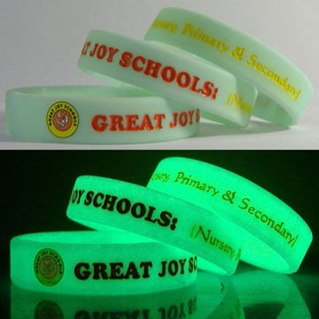 Custom glow in the dark silicone wrist bands
