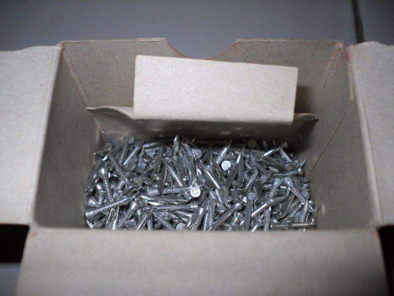 Stainless steel concrete nails