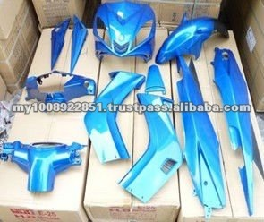 LC135 MOTORCYCLE BODY COVER SET