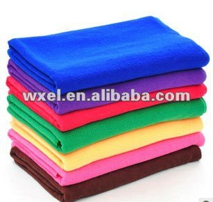Soft and high absorbent microfibre bath towel